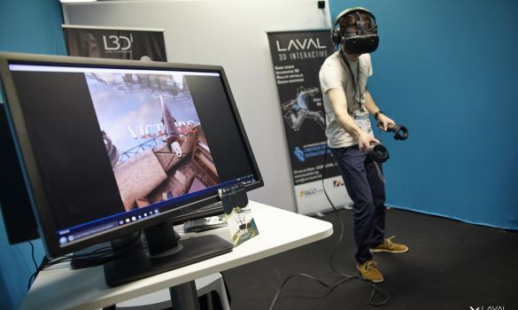 Un étudiant de Laval 3Di au salon Laval Virtual